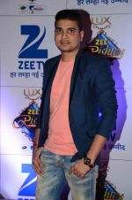 at Zee Rishtey Awards in Mumbai on 21st Nov 2015 (413)_56515eda5f1a0.JPG