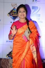 at Zee Rishtey Awards in Mumbai on 21st Nov 2015 (448)_56515ee2187c0.JPG
