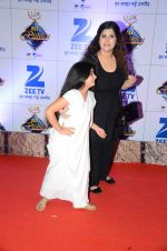 at Zee Rishtey Awards in Mumbai on 21st Nov 2015 (452)_56515ee4b459f.JPG