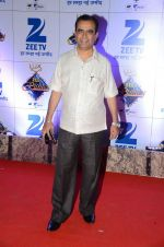 at Zee Rishtey Awards in Mumbai on 21st Nov 2015 (453)_56515ee570259.JPG