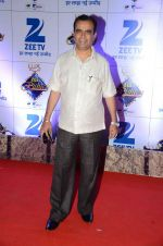 at Zee Rishtey Awards in Mumbai on 21st Nov 2015 (454)_56515ee633d9b.JPG