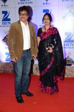 at Zee Rishtey Awards in Mumbai on 21st Nov 2015 (462)_56515ee7b838b.JPG