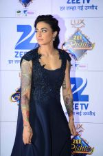 at Zee Rishtey Awards in Mumbai on 21st Nov 2015 (486)_56515eebf41db.JPG