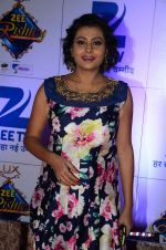 at Zee Rishtey Awards in Mumbai on 21st Nov 2015 (521)_56515ef540b95.JPG