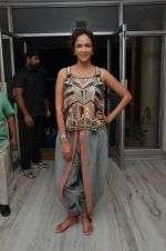 Manchu Lakshmi at Angry Indian Goddess press meet on 22nd Nov 2015  (19)_5652dd979516e.JPG