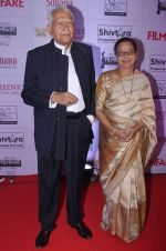 Ramesh Deo with wife Seema Deo at the Red Carpet of _Ajeenkya DY Patil University Filmfare Awards
