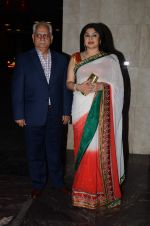 Ramesh Sippy, Kiran Juneja at Masaba_s wedding reception on 22nd Nov 2015 (117)_5652e1dd0676a.JPG