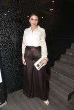 Bhagyashree at Shaheen Abbas collection launch in Gehna Store on 24th Nov 2015 (200)_56555ec511bb7.JPG