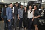 Gaurav Kapoor at Shaheen Abbas collection launch in Gehna Store on 24th Nov 2015 (310)_56555efd6ab9c.JPG