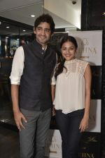 Gaurav Kapoor at Shaheen Abbas collection launch in Gehna Store on 24th Nov 2015