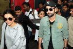 Ranbir Kapoor and Deepika Padukone in Delhi Station on 24th Nov 2015