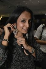 Suchitra Pillai at Shaheen Abbas collection launch in Gehna Store on 24th Nov 2015 (187)_56555fcd88fbb.JPG