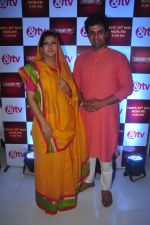 Juhi Parmar, Sachin Shroff at santosh maa serial launch on 25th Nov 2015 (6)_5656b6106e9ef.JPG