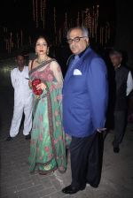 Sridevi, Boney Kapoor at Rakesh Maria_s son wedding bash in Tote on 25th Nov 2015 (17)_5656b755763da.JPG