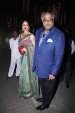 Sridevi, Boney Kapoor at Rakesh Maria_s son wedding bash in Tote on 25th Nov 2015 (18)_5656b756347f0.JPG