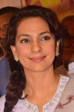 Juhi chawla at blood donation camp on 26th Nov 2015