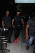 John Abraham snapped at Airport on 29th Nov 2015