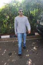 Prateik Babbar snapped at Airport on 29th Nov 2015