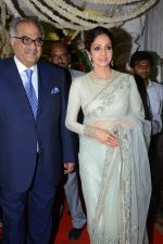 Sridevi and Boney at Jayaprada_s son Siddharth_s Wedding Reception on 29th Nov 2015 (27)_565c3cf739b07.JPG
