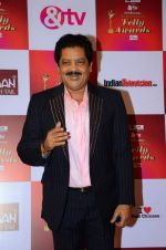 Udit Narayan at Indian telly awards red carpet on 28th Nov 2015 (465)_565c3c2e6f19a.JPG