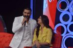 ranveer singh, Sonali bendre at ndtv suppoer my school on 29th Nov 2015