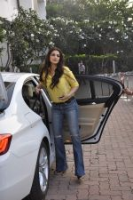 sonali bendre snapped at filmcity on 29th Nov 2015 (3)_565c445060bad.JPG