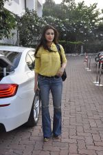 sonali bendre snapped at filmcity on 29th Nov 2015 (7)_565c4453a243f.JPG