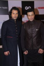 Amaan Ali Khan, Ayaan Ali Khan at GQ Fashion Nights Red Carpet on 1st Dec 2015 (188)_565eeee309317.JPG