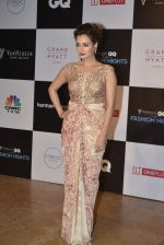 Dia Mirza at GQ Fashion Nights Red Carpet on 1st Dec 2015 (26)_565eef2dce6f5.JPG