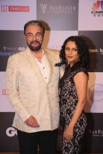 Kabir Bedi, Parveen Dusanj at GQ Fashion Nights Red Carpet on 1st Dec 2015
