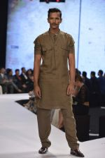 Model walks for raghavendra rathore Show on 1st Dec 2015