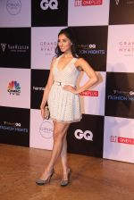 Perina Qureshi at GQ Fashion Nights Red Carpet on 1st Dec 2015