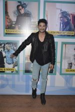Prateik Babbar at GQ Fashion Nights Red Carpet on 1st Dec 2015