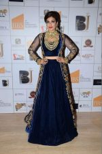Raveena Tandon walks for ibja show on 1st Dec 2015