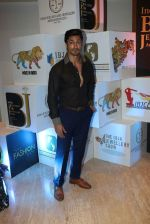 Vidyut Jamwal walks for ibja show on 1st Dec 2015