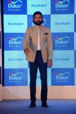 Farhan Akhtar at Dulux event on 2nd Dec 2015