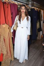 Sandhya Shetty at Atosa launches new collection on 2nd Dec 2015 (4)_56605bd66f6b0.JPG