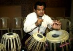 Amit Kumar will celebrate 50 Golden years in singing on 9th Dec at Shanmukhanand Hall,Sion (10)_566143b580f0a.jpg