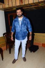 Avadhoot Gupte at song recording on 3rd Dec 2015 (8)_56615b95ce9b0.JPG