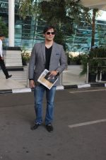 Vivek Oberoi snapped at Airport on 5th Dec 2015