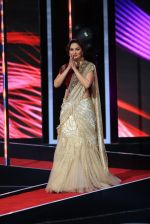 Madhuri Dixit and Richa at Marrakech festival on 7th Dec 2015 (11)_566695af82d18.JPG