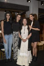 Deepti Gujral, Candice Pinto at Ritu Kumar_s new store launch on 8th Dec 2015 (32)_5667c36d32ff6.JPG