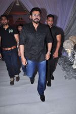 Venkatesh at Awini Dutt Daughter Priyanka Dutt Wedding Reception on 7th Dec 2015 (17)_5667bc71d34f0.JPG