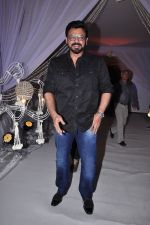 Venkatesh at Awini Dutt Daughter Priyanka Dutt Wedding Reception on 7th Dec 2015 (18)_5667bc7292089.JPG