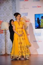 Madhuri Dixit launches dance channel on tata sky on 10th Dec 2015 (15)_566a886be02db.JPG