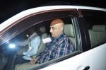 Puneet Issar snapped at Salman_s Residence in galaxy on 10th Dec 2015 (42)_566a897b417f4.JPG