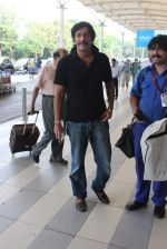 Chunky Pandey snapped at airport on 11th Dec 2015 (10)_566c11b3ed0eb.JPG
