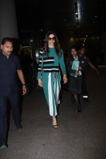 Deepika Padukone snapped at Airport on 13th Dec 2015