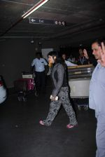 Ekta Kapoor snapped at Airport on 13th Dec 2015 (11)_566e7be3030cb.JPG