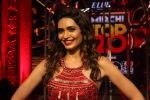 Karishma Tanna at Mirchi Top 20 on 14th Dec 2015 (48)_566fd58b08687.JPG